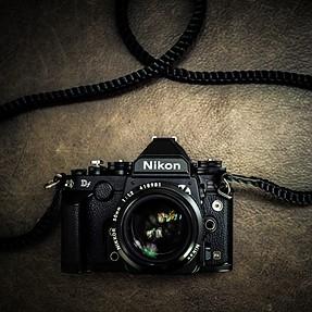 Nikon DF + 50mm 1.2 (Black)