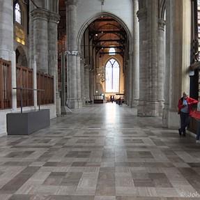 XF1 inside a church (Laurenskerk, Rotterdam)