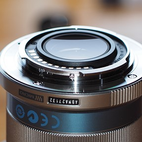 mZuiko 45mm F1.8 . Help needed, possible problem. Note 3 images