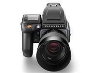 Hasselblad announces 100MP H6D-100c capable of 4K, H6D-50c 50MP option