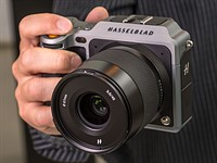 Hands-on with Hasselblad X1D