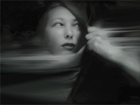 Mobile photographer makes high art of self-portraits