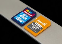 Battle of the Wi-Fi Cards: Eye-Fi and Transcend SDHC cards reviewed