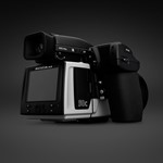 Hasselblad officially launches 50MP medium-format CMOS camera