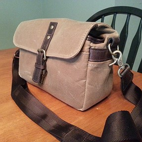 "Ona camera bag quick review - ""The Bowery"""