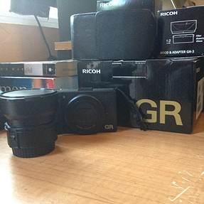 FS: Ricoh GR V w/ GW-3 21mm, extra battery, ACMAXX LCD protector and GC holster.