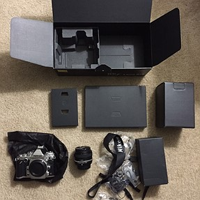Mint Silver Nikon DF kit with SE 50mm. Under 1,600 clicks!