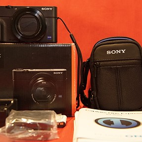 Sony RX100 III with lots of extras
