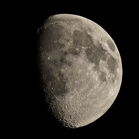 Moon picture with 150-450mm & 1.4 teleconverter