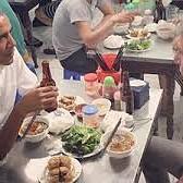 Obama dinner in Hanoi